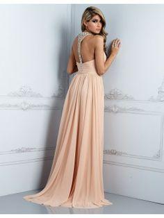 fcc9e827c فستان طويل بدون أكتاف بخصر مرتفع بشريط للإحكام في محيط الرقبة مرصع  بالكريستال Evening Dresses Uk
