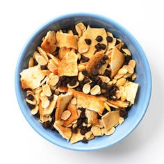 Healthy School Lunches & Snacks: After-School Snack Mixes: Pita Chips (via Parents.com)