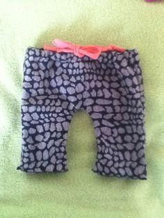 Hjemme syede bukser til bulid a Bear eller dukken