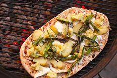 20110715-pizza-lab-toppings-grilled-pizza-12.jpg