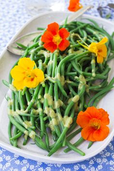 Green Beans with Basil Vinaigrette by healthyseasonalrecipes #Green_Beans #Basil #Healthy