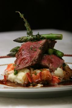 Peppered Beef Filet Lobster Mashed Potatoes with Pinot Noir