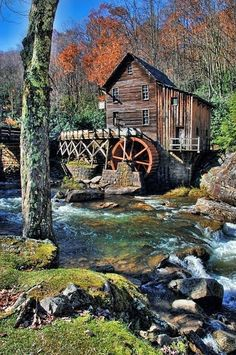 Old grist mill. Old Grist Mill, Pictures Of America, Beautiful Places, Beautiful Pictures, Water Powers, Water Mill, Country Barns, Saint Martin, Country Scenes