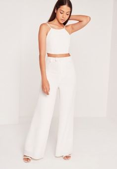 Missguided has the fiercest collection of affordable, coveted tops in the fashion universe. From crop tops & camis to shirts & bodysuits - just take a look! Cami Crop Top, Crop Tops, Plus Size Tops, Missguided, Casual Looks, Your Style, Topshop, Fashion Outfits, Lady