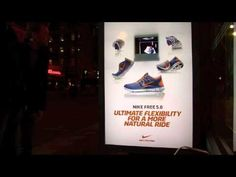 Nike muestra la flexibilidad de sus Free 5.0 con hologramas en las calles de Amsterdam #PublicidadExterior