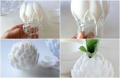 A brilliant plastic spoon vase