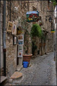 Cagnes-sur-Mer - France. Saint Martin Vesubie, Places Ive Been, Places To Go, Paris In Spring, Cagnes Sur Mer, Cap D Antibes, Roads And Streets, Juan Les Pins, Villefranche Sur Mer