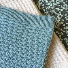 Tusindfryds Opskrifter må udelukkende bruges til privat brug.  ROULADEN - Ribstrikket og stribet halstørklæde - Let, varmt og blødt. ...