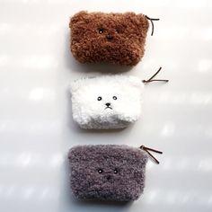 댕댕이 파우치 Crochet Case, Cute Crochet, Fabric Bags, Kids Bags, Zipper Bags, Small Bags, Diy For Kids, Bag Making, Fashion Bags