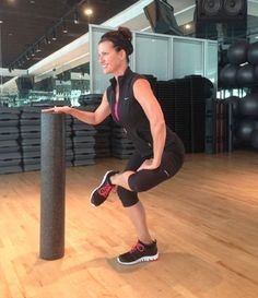Foam roller stretches for si joint dysfunction