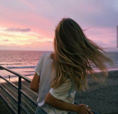 Sky, travel, wanderlust, relax, goals, life, hair / Pinterest : @riddhisinghal6