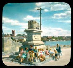 The Treaty stone, Limerick city, Limerick Ireland, Limerick City, Old Pictures, Old Photos, Irish Culture, Ireland Homes, My Family History, Historical Photos, 1930s