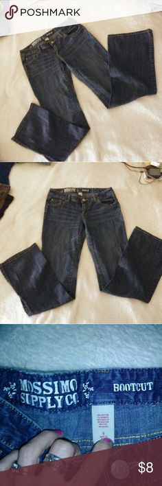 ⏩👖🔥SALE - BNWOT Mossimo Jeans Mossimo Jeans 👖Brand New  👜Size 9  🚥Inseam 32. Never worn 🇺🇸Dark blue in color 👘Boot cut   ⏩⭐💕My listings are all free of stains, rips, tears, holes, overused or any other damages to material. Unless otherwise stated above. All are in new or like new condition, are shipped clean and ready to wear. If you dont like my price just make me an offer. All offers considered. Questions? Ask me. Thanks for shopping my closet. Happy Poshing!! 💖🔆⏪ Mossimo Supply…