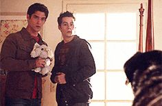 19 Reasons Why Everyone Wants A Bromance Like Stiles And Scott's