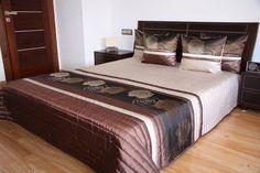 Narzuta luksusowa jasnobeżowa na łóżko w brązowe róże