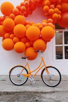 Cruiser Bicycle Tangerine balloon art by Geronimo Balloons inspired by our Mayfair cruiser.Tangerine balloon art by Geronimo Balloons inspired by our Mayfair cruiser. Orange Aesthetic, Rainbow Aesthetic, Aesthetic Colors, Aesthetic Pastel, Aesthetic Vintage, Orange Pastel, Orange Color, Orange Orange, Orange Beach