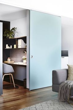 12 creative ways to create a study nook in your home A large sliding door can be used to screen off the work area or the small adjoining kitchen in this compact and flexible Melbourne apartment. You'll need to prioritise lighting if your office space is e Home Office Design, Interior Design Kitchen, Interior And Exterior, House Design, Office Designs, Exterior Doors, Small Apartments, Small Spaces, Melbourne Apartment