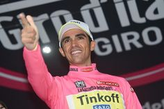 Alberto Contador (Tinkoff-Saxo) moves head of Fabio Aru (Astana) after the Stage 14 Time Trial