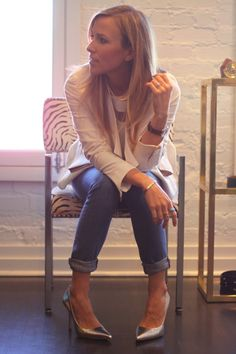 Business casual - Damsel in Dior - White Blazer with Distressed Denim