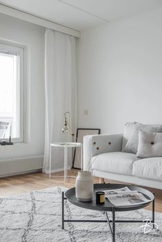 Kalustus, Kamppi | REFERENSSIT Serif, Helsinki, Oversized Mirror, Accent Chairs, Interiors, Studio, Furniture, Home Decor, Style
