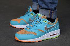 NIKE AIR MAX 1 LE GS (GAMMA BLUE/TOTAL ORANGE) - Sneaker Freaker