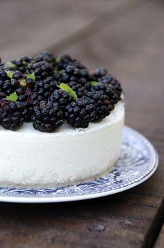 Cheesecake di Taleggio D.O.P. alle more