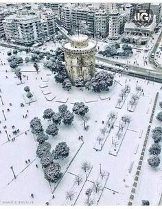 Wintertime in beautiful Thessaloniki, Macedonia, Greece Air France, Wonderful Places, Beautiful Places, Greece Pictures, Paradise On Earth, Winter Scenes, Amazing Destinations, Aerial View, Around The Worlds