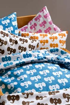 Elephant bedings
