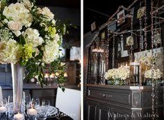 White-and-Silver-Wedding-Decor.jpg (576×424)