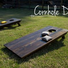 Cornhole - DIY – The Southern Trunk wow on ai loin des jeux de poche… Pallet Crafts, Pallet Projects, Woodworking Projects, Craft Projects, Diy Pallet, Pallet Ideas, Backyard Games, Outdoor Games, Lawn Games