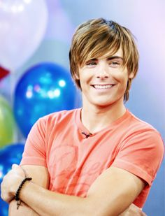 Picture of Zac Efron straight shaggy hair. Boys Long Hairstyles Kids, Boy Haircuts Long, Formal Hairstyles For Long Hair, Long Hair Cuts, Hairstyles Haircuts, Haircuts For Men, Trendy Haircuts, Funky Hairstyles, Shaggy Haircuts