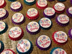 "Girl Scouts SWAPS ~ ""I Love My Troop"" Bottle Cap Pins"