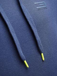 apparel laces fluo detail