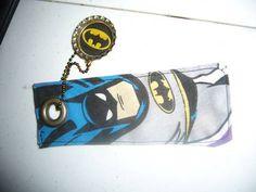 Batman! Craft Tutorials, Craft Projects, Baby Batman, Craft Patterns, Bookmarks, Homemade, Crafts, Manualidades, Home Made