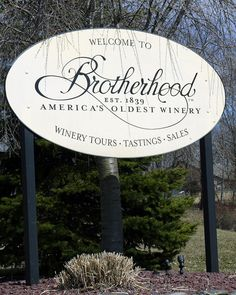 Welcome to Brotherhood Winery. America's oldest winery. Come and eat at Vinum Cafe' You would not be disappointed.