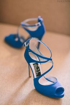 Νυφικα παπουτσια με χρωμα... μπλε