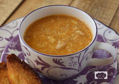 REceta de sopa de ajo. Garlic Soup. Spanish Easter recipe. Receta de Cuaresma