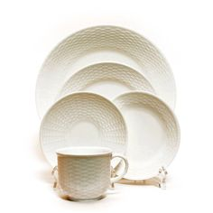 Options include:  CWDP10BW - Dinner Plate  CWSP8BW - Salad/Dessert Plate  CWBP6BW - Bread & Butter Plate  CWCUPBW - Cup  CWSAUBW - Saucer