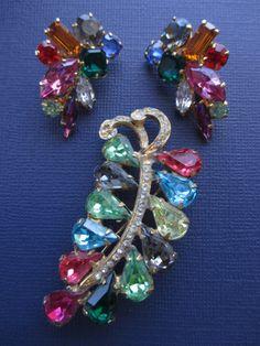 Vintage fruit salad brooch and earrings. by BlackberryJamJewelry