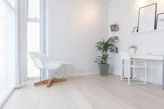 Parkett Eik Svalbard børstet matt Flooring, Design, Home Decor, Decoration Home, Room Decor, Wood Flooring, Interior Design, Design Comics, Home Interiors