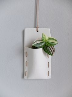 Flower pocket to hang on the wall. Glazed on the inside – waterproof. Handmade with love!