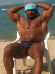 bodybuilders nude Muslim