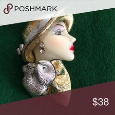 Sophisticated lady brooch Lovely vintage lady brooch! Jewelry Brooches