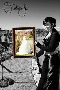 I took along a frame for some fun wedding photos