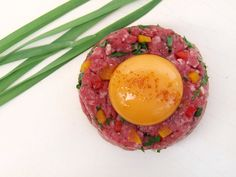 Steak Tartare http://angsarap.net/2012/05/21/steak-tartare/
