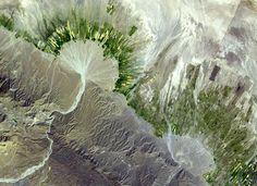 Alluvial Fan, Iran [Pathological Geomorphology] http://zh.wikipedia.org/wiki/%E5%86%B2%E7%A7%AF%E6%89%87