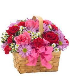 Arrancamos el mes de febrero con la fecha de #SanValentín y los #enamorados cada día más cerca. http://www.pensandoenflores.com/san-valentin