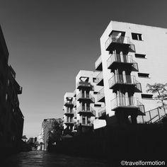 #tuesday #blackandwhite #ghent #gent #visitgent #architecture #light #ghentcity #blackandwhitephotography #vsco #vscocam #wanderlust #travel #travelgram #belgium #igbelgium #buildings