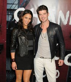 Robin Thicke announces Blurred Lines release date.