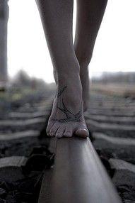 feet tattoos = <3